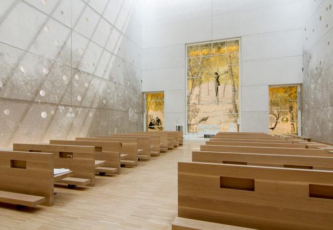 artistic stained-glass windows andrea mastrovito saint john xxiii curch bergamo new hospital lino reduzzi