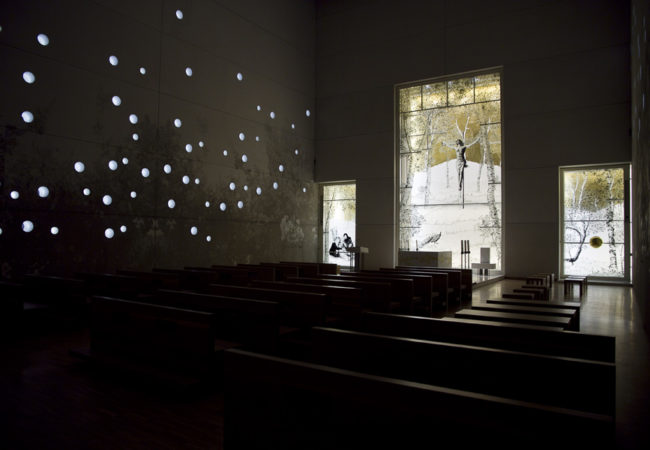 vetrate artistiche andrea mastrovito chiesa san giovanni xxiii nuovo ospedale bergamo lino reduzzi