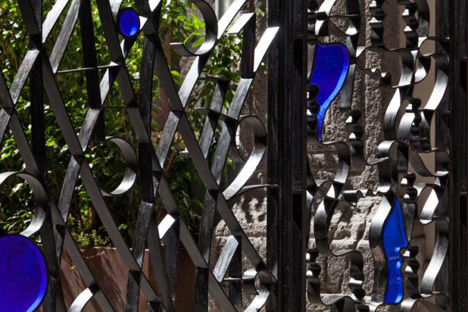 mimmo paladino firrao palace naples gate melted glass lino reduzzi studio reduzzi teatro pubblico campano teatro di cortile palazzo firrao